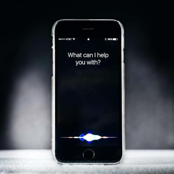 Apple Latih Siri Memahami Ucapan Dengan Kalimat Tidak Sempurna
