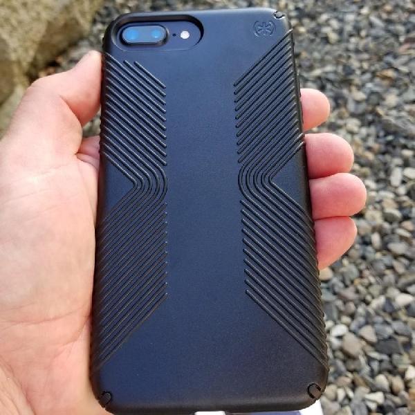 Debut Di Indonesia, Ini Dua Case iPhone 7 Series Besutan Tech21