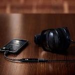 THX Debut Headphone DAC Portabel Berukuran Kecil
