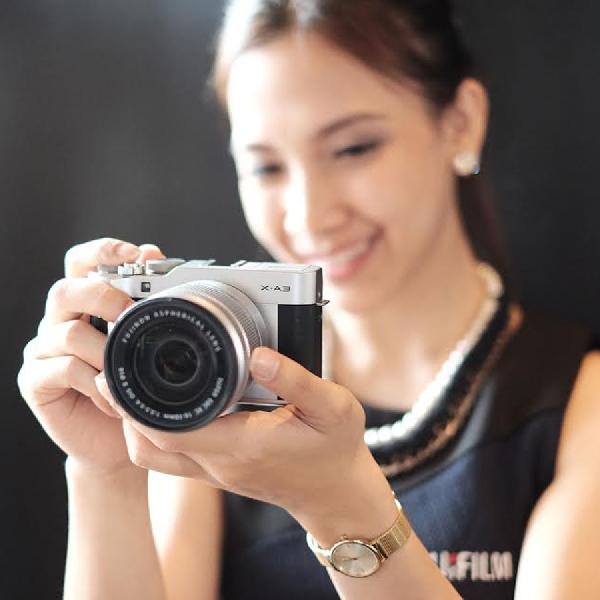 Sasar Penggila Selfie, Ini Mirrorless Terbaru FUJIFILM