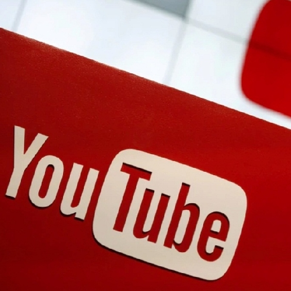 YouTube Mencoba Fitur Terjemahan Otomatis Pada Judul Teks Video