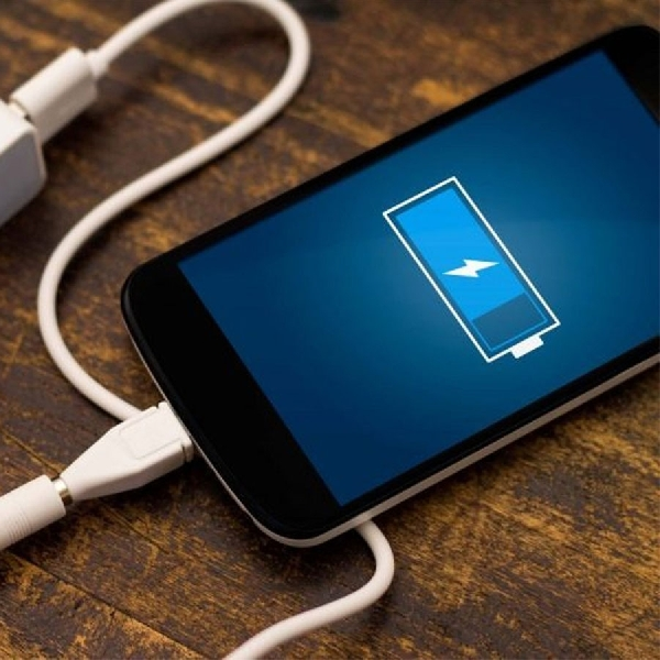 Ingin Smartphone Kamu Terlihat Bersih? Ini Caranya