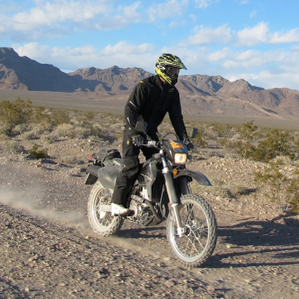 Tips Berkendara Motor Trail untuk Pemula