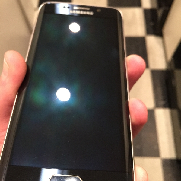 Mengembalikan Layar Smartphone Seperti Baru