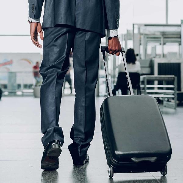 Tujuh Tips Aman Bepergian dengan Pesawat