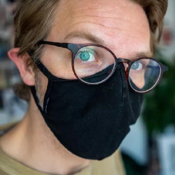 Cara Jitu Supaya Kacamata tak Berembun Saat Pakai Masker