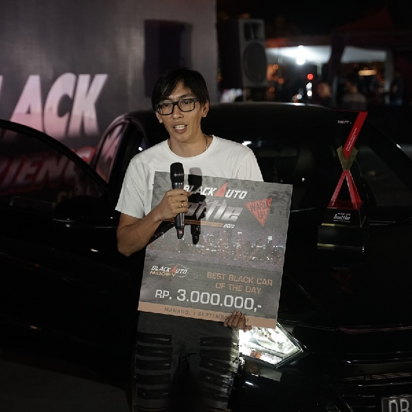 Honda HR-V Deibu Shop Terpilih Menjadi Black Car of the Day