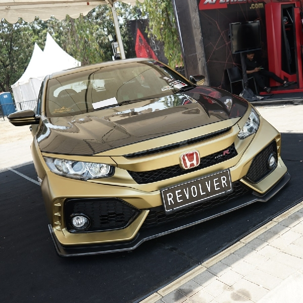 Revolver Bawa Hatchback Aliran Street Racing
