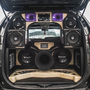 Bersiaplah Para Modifikator Audio di BlackAuto Battle Solo