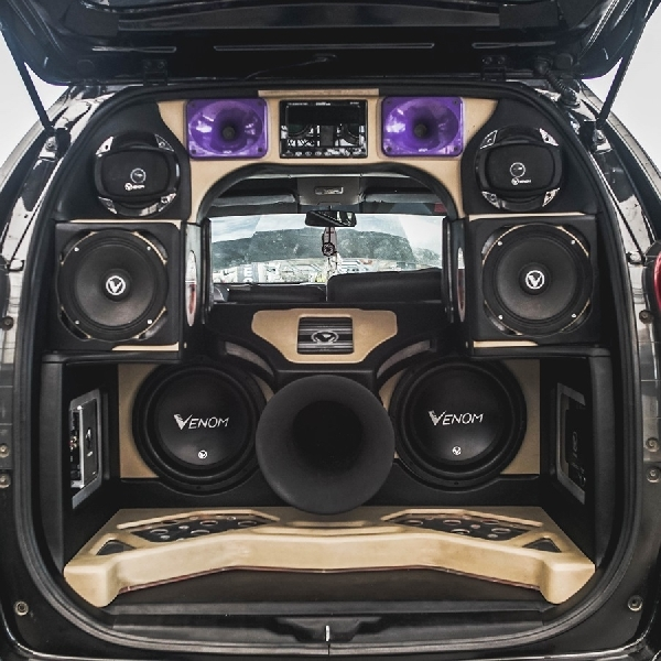 Bersiaplah Para Modifikator Audio di BlackAuto Battle Solo