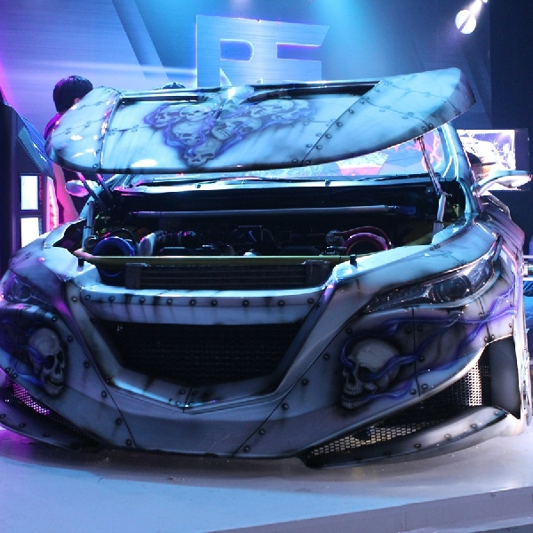 RF REBORN Karya Kupu-Kupu Malam, Project Prestisius Honda Jazz Bermesin V8 250 HP