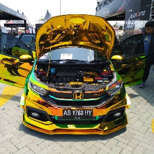 Arta Andalkan Konsep Wrapping Stiker di BlackAuto Battle Solo 2018