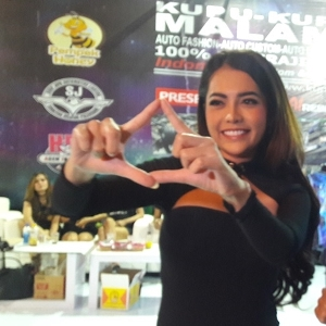 Si Seksi DJ Tiara Dewi Ramaikan Final BlackAuto Battle 2018