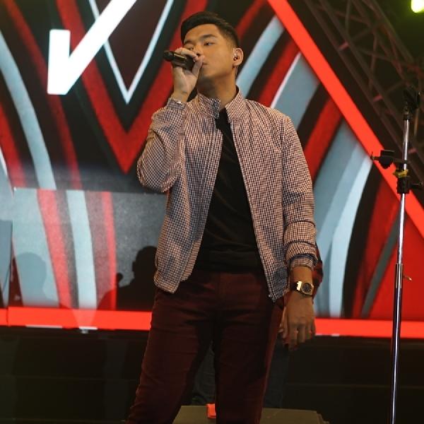 Jaz Bius Pengunjung BlackAuto Battle 2018 Surabaya dengan Lagu Andalannya