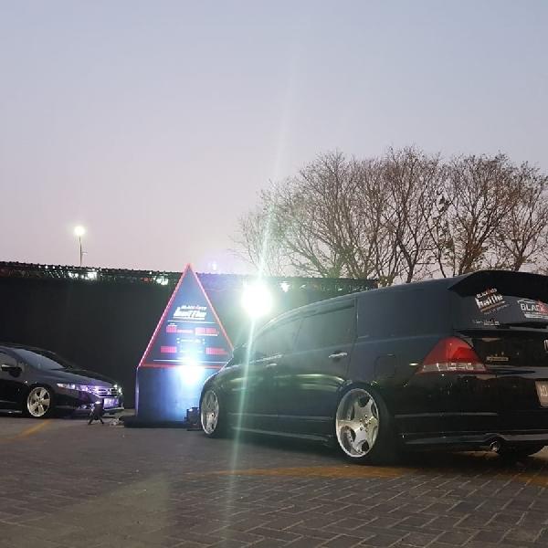 Black Car Community Solo Turut Ramaikan BlackAuto Battle 2018 Di De'Tjolomadoe