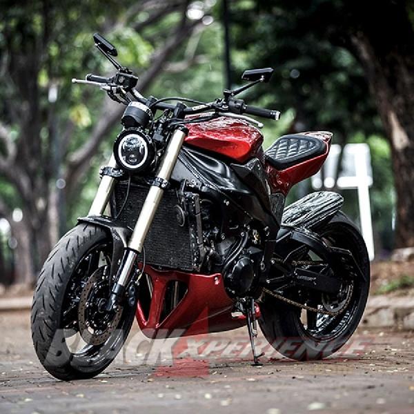 Modifikasi Yamaha R1, Naked Bike yang Lebih Sporty