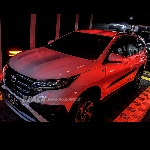 Bikin Kilap Cat Bodi All New Toyota Rush Dengan Nano Dual Coating