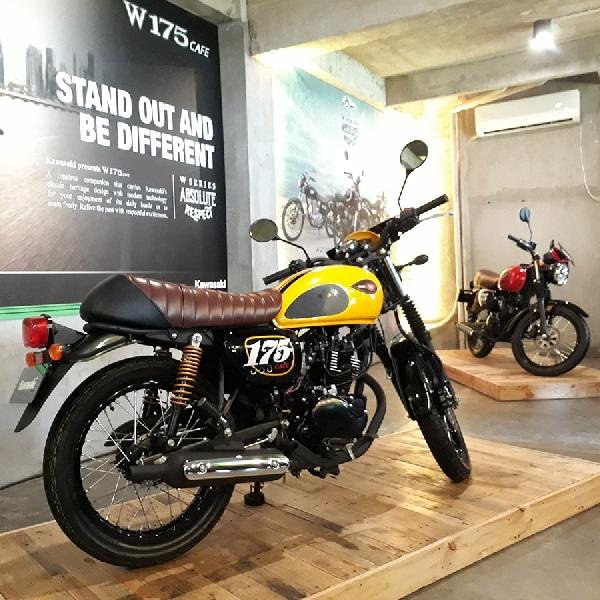 Dengan Harga 32 Jutaan Kawasaki Rilis Motor Retro Klasik W175 CAFE