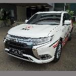 PMI Gunakan Mitsubishi Outlander PHEV Sebagai Unit Tanggap Darurat