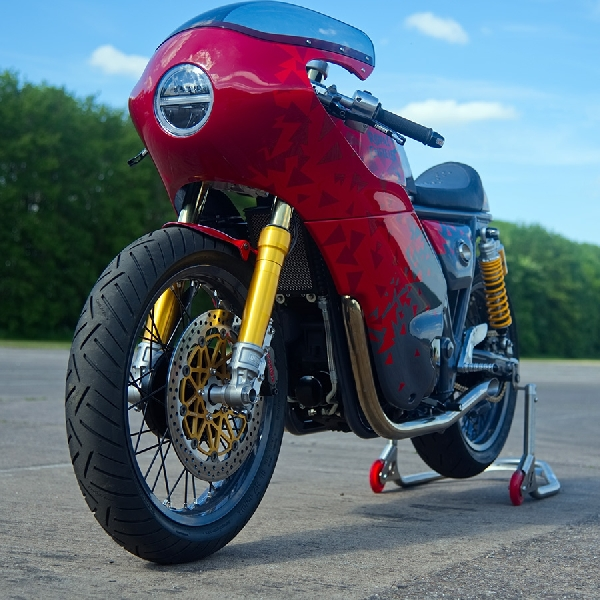 Royal Enfield Racik Motor Kustom Buat Ajang Wheels and Waves 2019