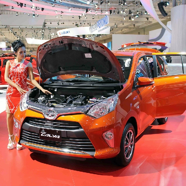 Beli Toyota Cayla Di Auto2000 Bisa Dicicil Tanpa Bunga, Loh!