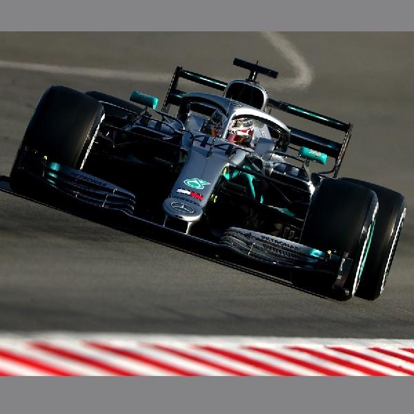 F1: Lewis Hamilton Tidak Terkesan Dengan Ban Pirelli 2019