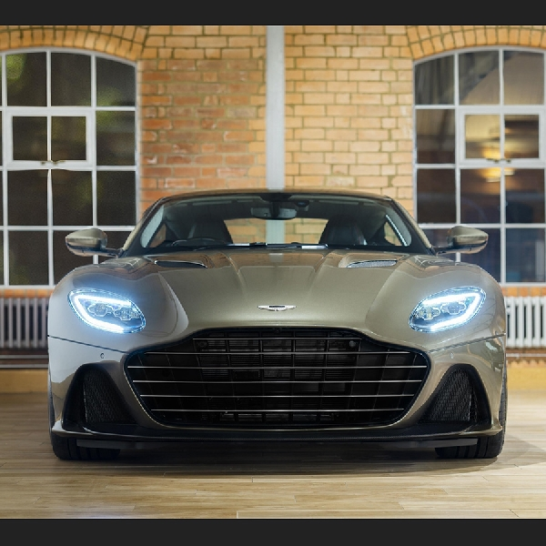 Aston Martin DBS Superleggera Jadi Tunggangan Baru James Bond