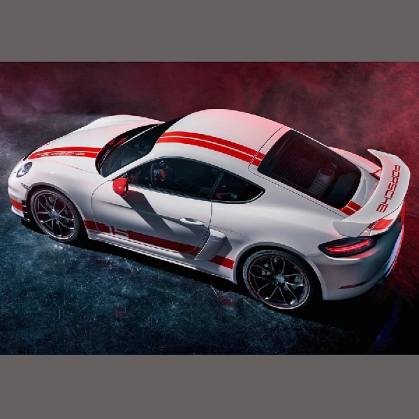 Sangarnya Porsche 718 Cayman GT4 Sports Cup Edition