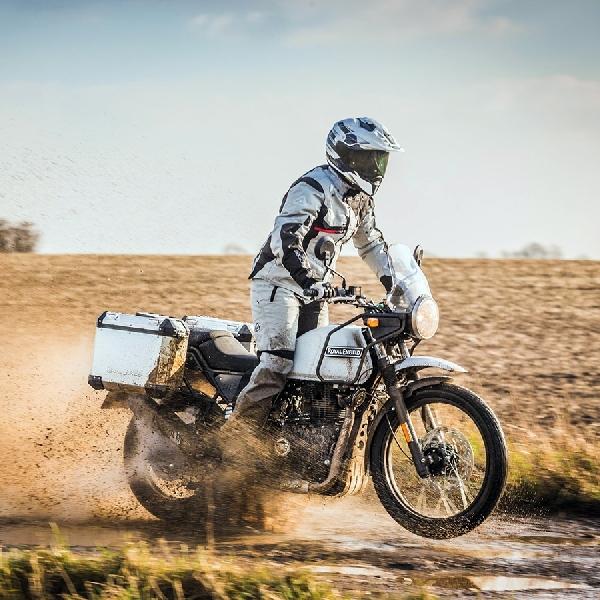 Didukung EIGER, Darius Sinathrya Akan Riding Motor Ke Himalaya