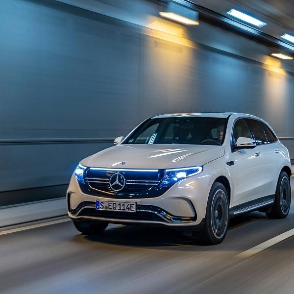 Daimler Akui Kewalahan Ikuti Regulasi Eropa