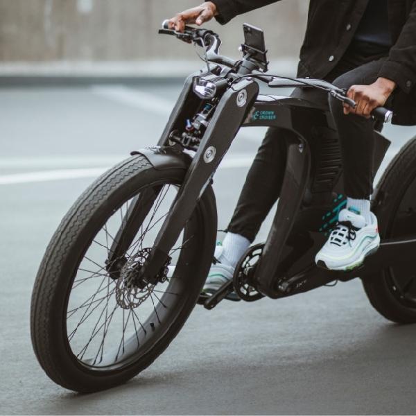 Berkendara Penuh Gaya dengan e-Bike dari CrownCruiser