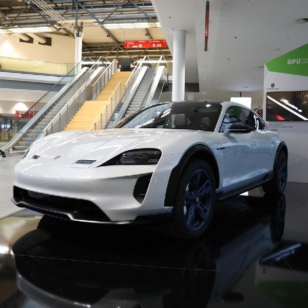 Porsche: Butuh Chip Grafis Terbaik Untuk Membuat Mobil Otonom