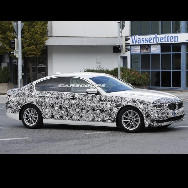BMW Seri 5 Mulai Diproduksi di Dingolfing