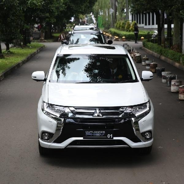 Mitsubishi Kerjasama dengan PLN Bangun Pengisian Daya Mobil Listrik di Rumah