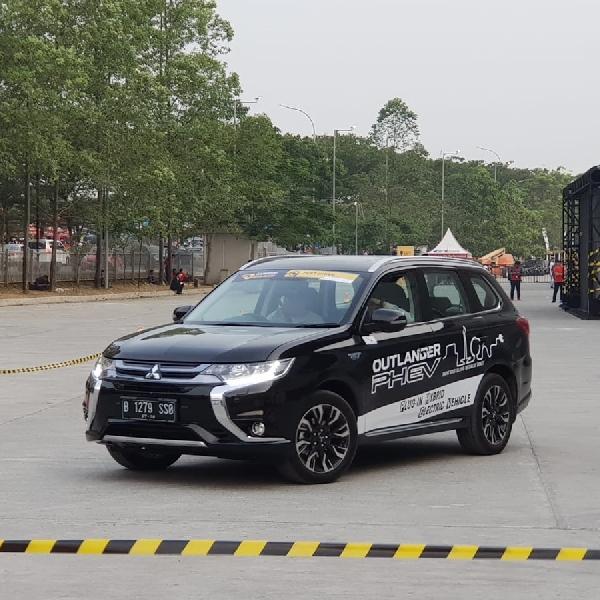 Mau Coba Test Drive Mobil Listrik Mitsubishi?