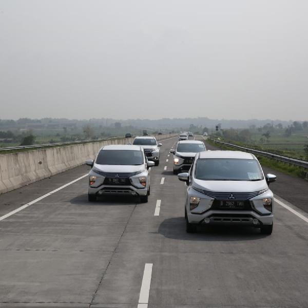 Mitsubishi Jajal Tol Transjawa dengan Xpander