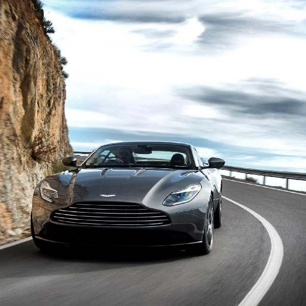 Aston Martin DB11 siap berlari di Goodwood