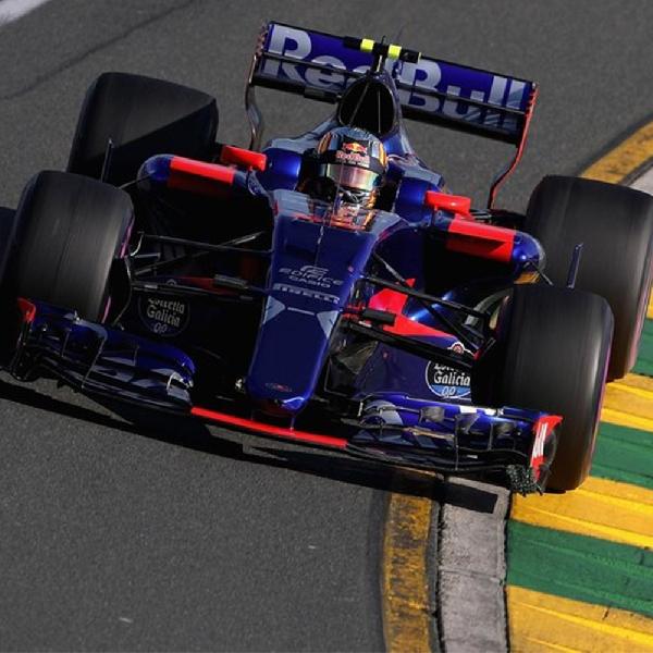F1: Carlos Sainz Targetkan Finis 10 Besar di Silverstone