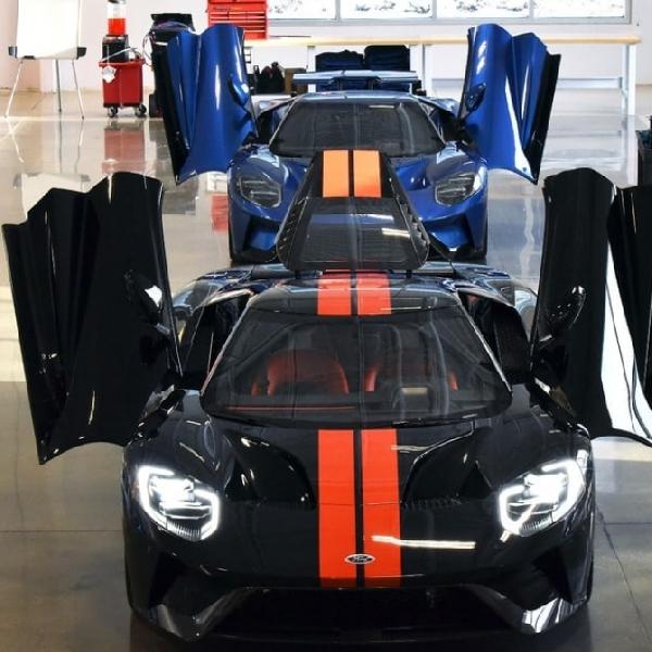 Ford GT 2017 Kalahkan Kecepatan Supercar McLaren 675LT dan Ferrari 458 Speciale