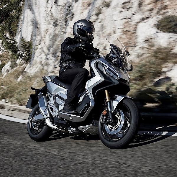 XADV Skuter Crossover Milik Honda Terlihat di EICMA