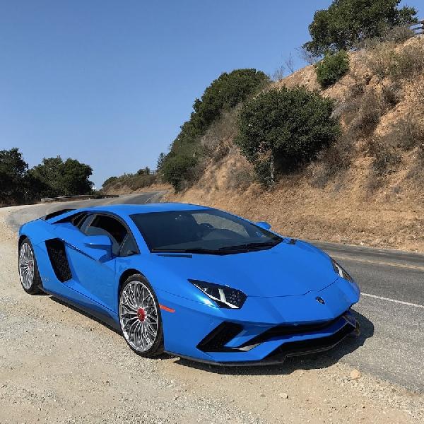 Terserang Bug, 441 Lamborghini Aventador S di Amerika Serikat Direcall