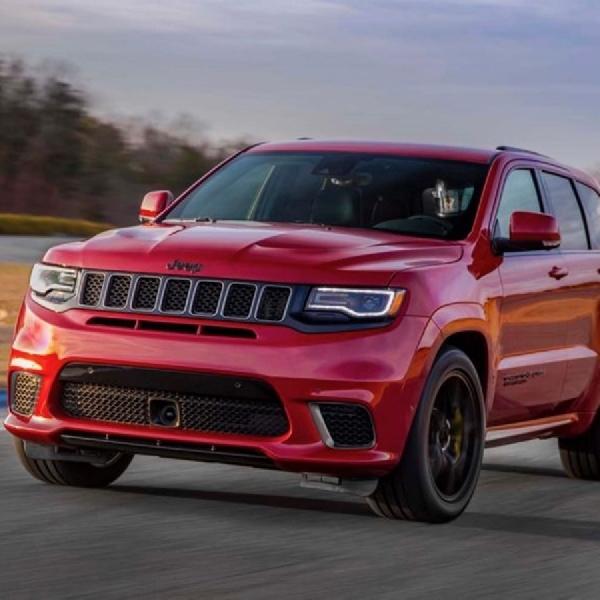 Grand Cherokee 2019 Gunakan Platform Stelvio