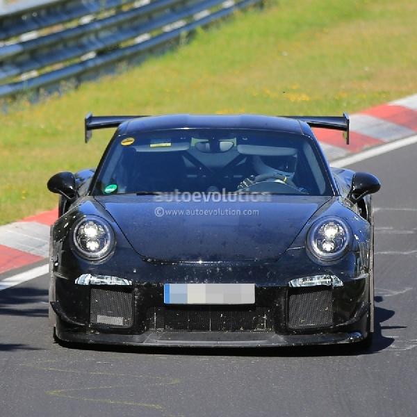 Porsche 911 GT2 2018 Hanya Adopsi PDK
