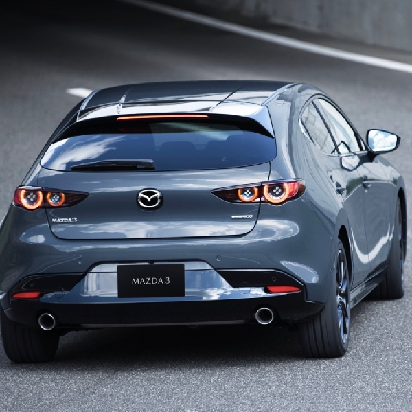 Ini Fitur Terbaru Mazda3 2019