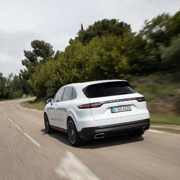 Porsche Akan Hadirkan Coupe Cayenne di 2019