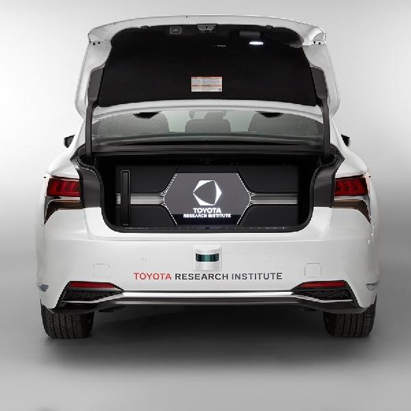 Toyota Perkenalkan Prototipe P4 di CES
