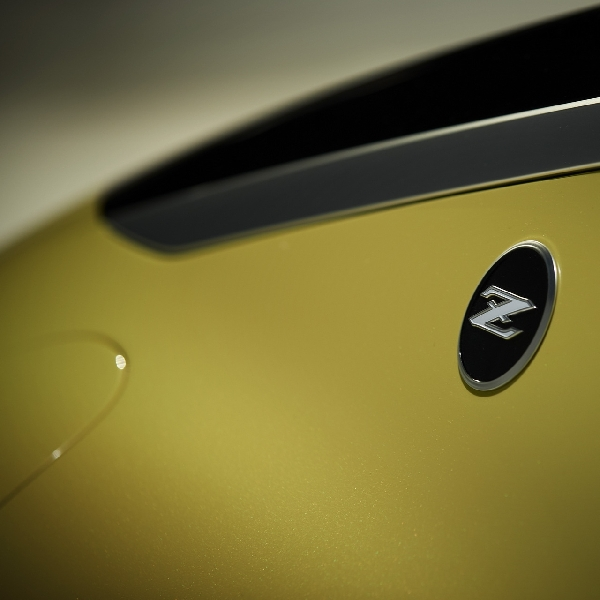 Teaser Nissan New Z Coupe Bocor, Meluncur Minggu Depan