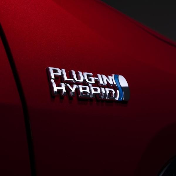 Toyota-Panasonic Bangun Perusahaan Produsen Baterai
