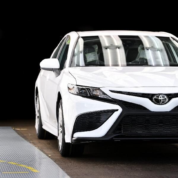 Toyota Luncurkan Produksi Camry ke-10 Juta