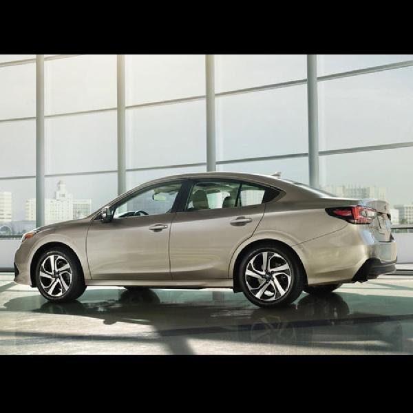 Subaru Legacy 2020 Tampil Perdana dengan Tambahan Turbocharger